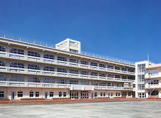 八雲学園高校.jpg